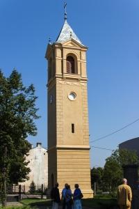 Wieża dzwonnicowa z 1885 roku przy kościele