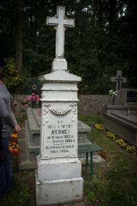Grób Zofii Werner na cmentarzu w Seroczynie